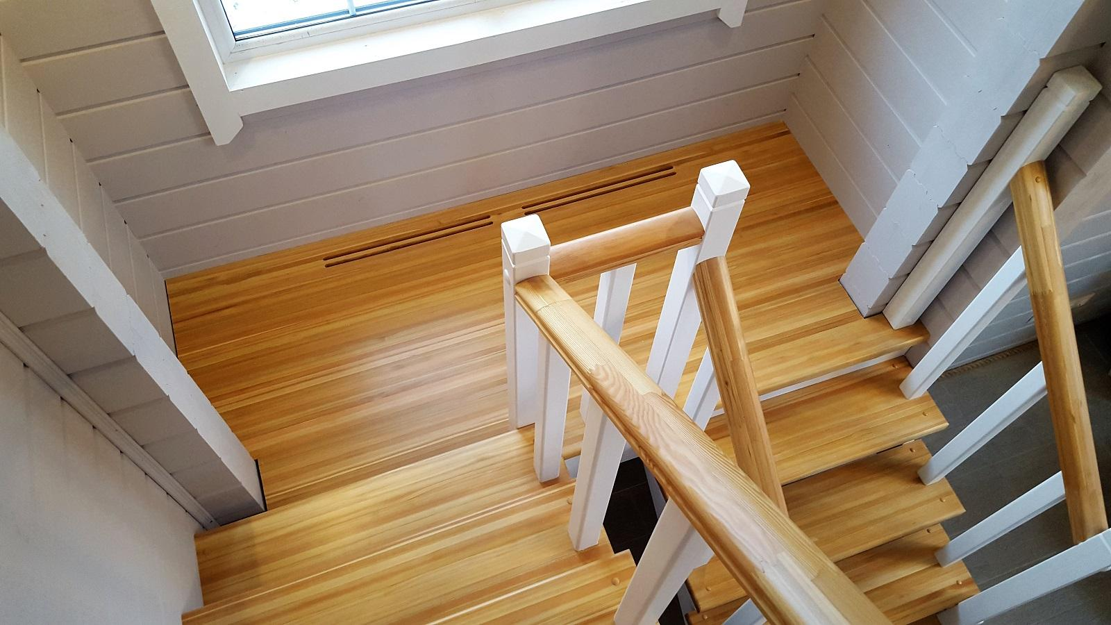 Фото узоров на железной лестницы вот